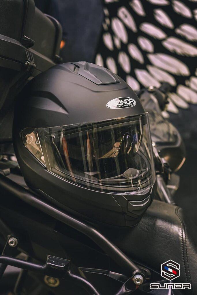 Mũ bảo hiểm SUNDA 823